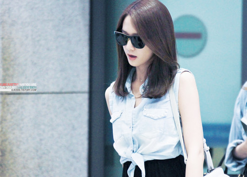 Yoona @ Incheon Airport from Macau
