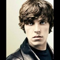 alec lightwood (tom hughes)