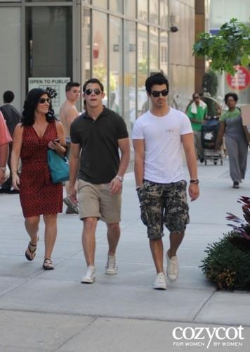 jonas family outing plus Joe's girlfriend