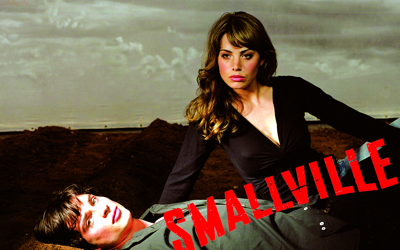 smallville wallpapers smallville wallpaper 31323613