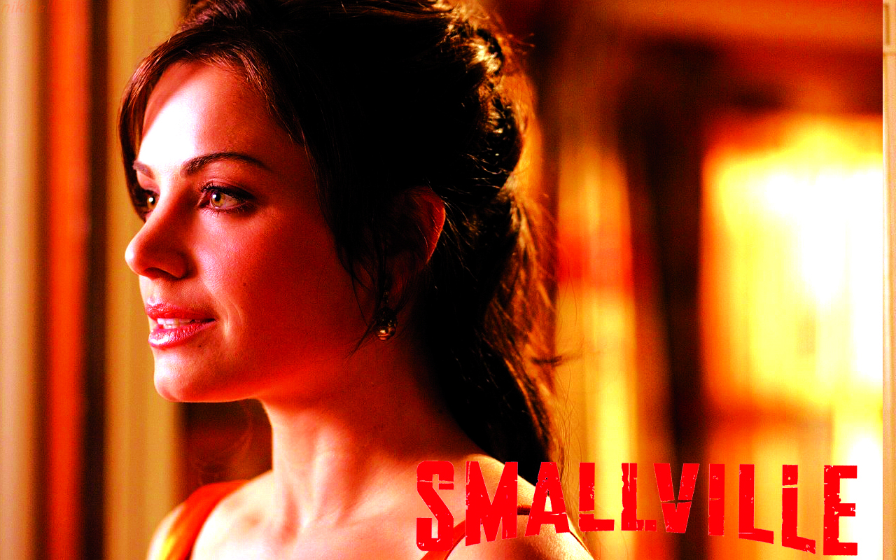 smallville wallpapers smallville wallpaper 31323615
