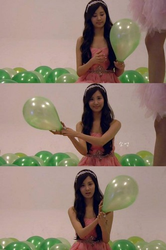 snow white : seohyun - girls-generation-snsd Photo