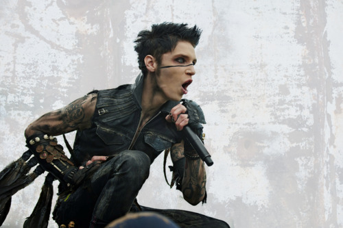 <3*<3*<3*<3Andy<3*<3*<3*<3