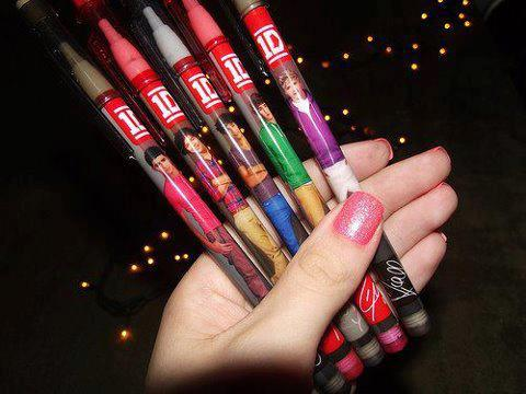1D pens - one-direction Photo
