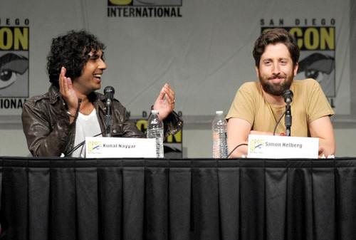The Big Bang Theory wallpaper entitled 2012 Comic-Con - Panel