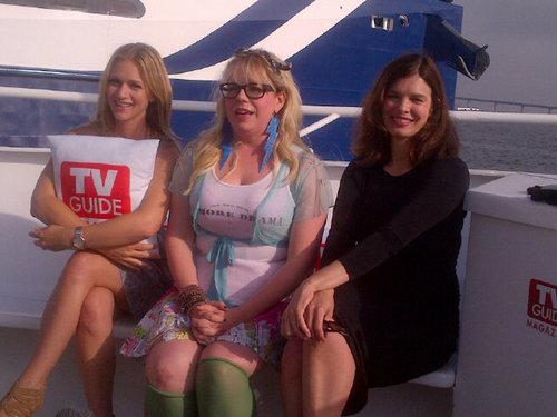 AJ, Kirsten & Jeanne Tripplehorn