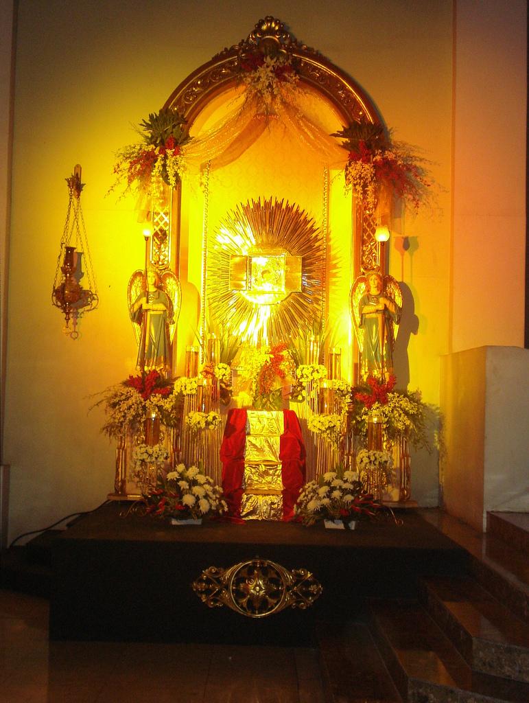 Altar of Repose (Maundy Thursday 2012) - Roman Catholic
