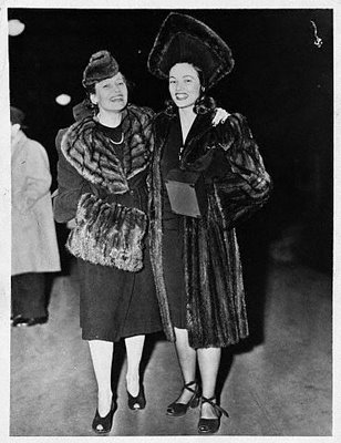 Jean Tierney And Her Mother