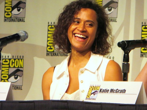 Angel Coulby SDCC 2012 (5)