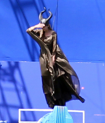 Angelina Jolie Takes Flight On Set - angelina-jolie Photo