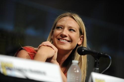 Anna Torv @ Comic Con 2012