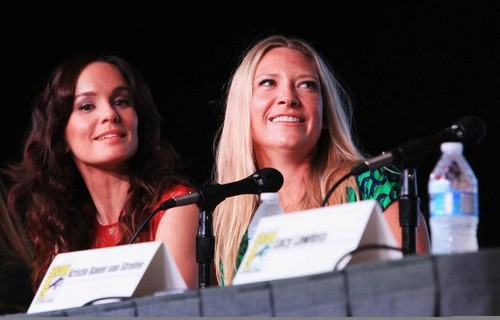 Anna Torv Entertainment Weekly: Powerful Women in Pop Culture (aka Women Who Kick Ass!) Panel @ SDCC