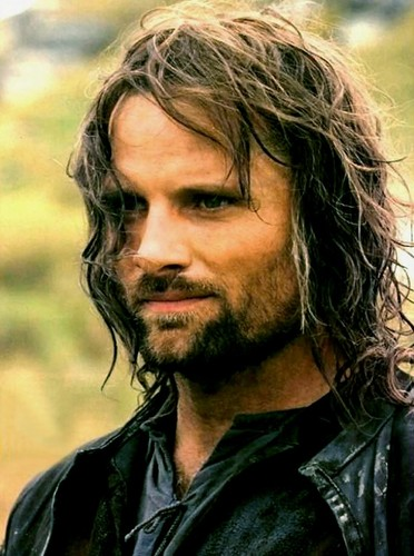 Lord of the Rings wallpaper with a portrait entitled Aragorn