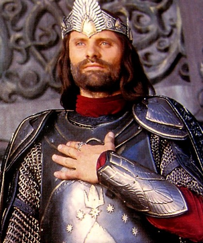 Lord of the Rings achtergrond containing a breastplate and an armor plate entitled Aragorn