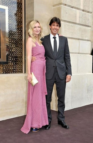 Arrivals at the Louis Vuitton Show [July 4, 2012] - kirsten-dunst Photo