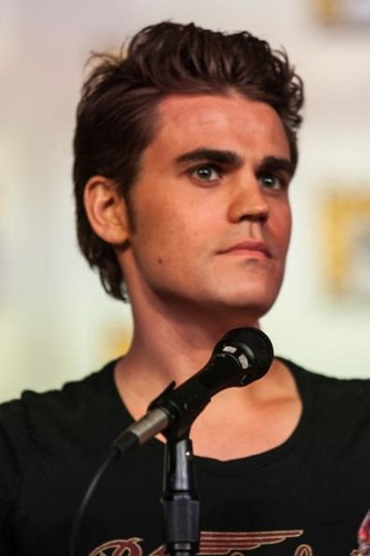 At Comic Con 2012 - paul-wesley Photo