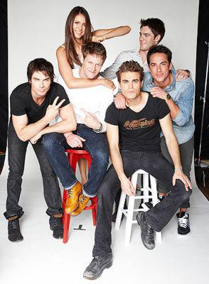 Paul Wesley wallpaper titled At Comic Con 2012