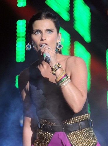 Celebs Perform at the Isle of MTV [June 26, 2012]