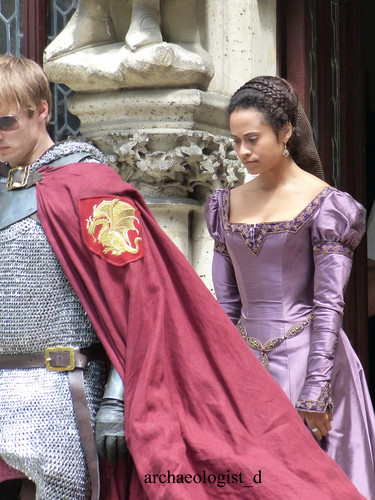 Arthur and Gwen wallpaper titled Chateau Pierrefonds: Bradley and Angel (4)