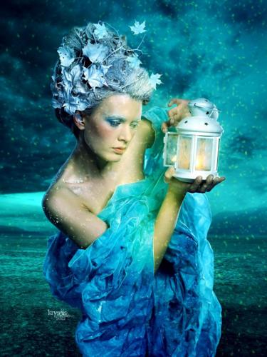 দিবাস্বপ্ন in Blue Dress