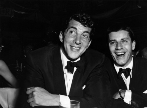 Dean Martin fond d'écran probably with a dress suit and a business suit entitled Dean Martin & Jerry Lewis