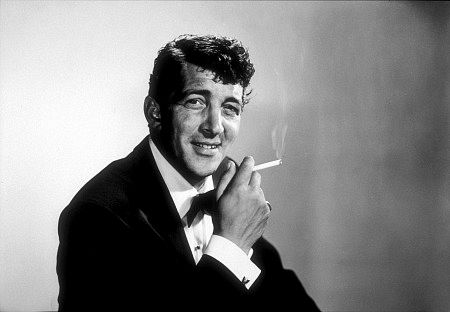 Dean Martin দেওয়ালপত্র with a business suit titled Dean Martin