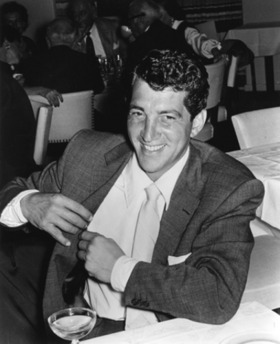 Dean Martin wallpaper containing a business suit, a suit, and a brasserie entitled Dean Martin