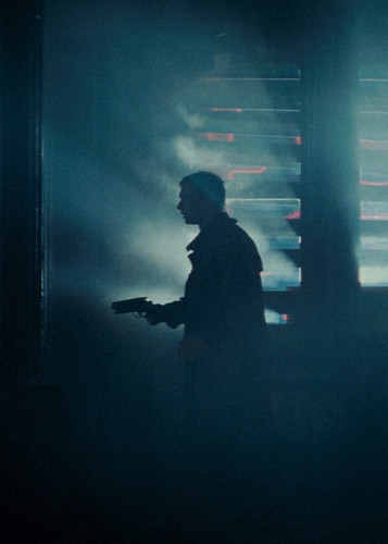 Blade Runner wallpaper containing a rifleman called Deckard
