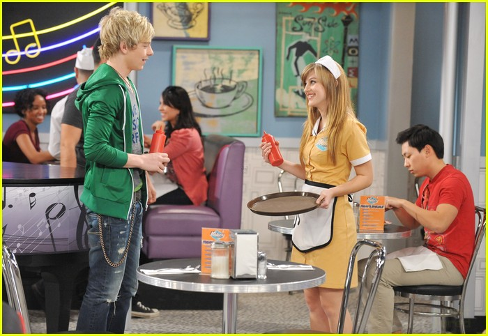 austin and ally dating in the show Dating advice date ideas in last night's series finale of austin & ally, the show tried the trish and dez know that austin and ally are destined to be.
