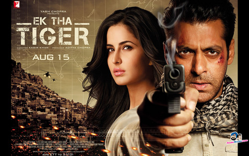Katrina Kaif fond d'écran possibly containing a portrait entitled Ek Tha Tiger