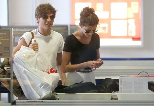 El and Lou at the airport