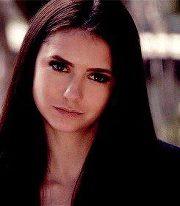 Elena(Nina Dobrev)