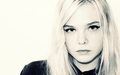 Elle - elle-fanning wallpaper