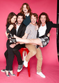 Emilia Clarke, Richard Madden, Rose Leslie, Alfie Allen & Michelle Fairley - game-of-thrones photo