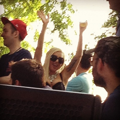 Gaga at Pitchfork موسیقی Festival (July 15)