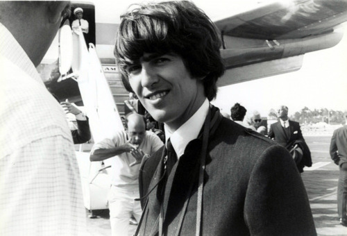 George Harrison wallpaper containing a business suit entitled Georgie