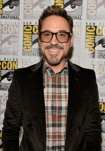 Robert Downey Jr. wallpaper with a business suit called Iron Man 3 at San Diego Comic-Con