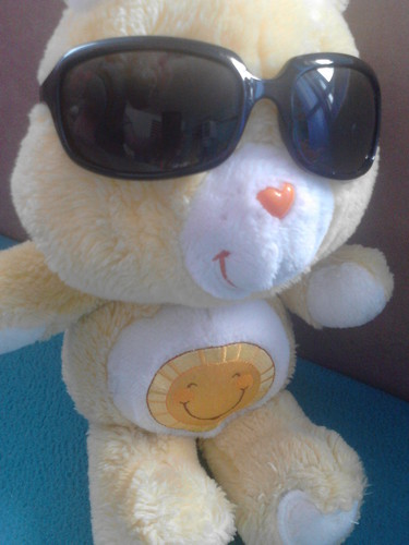 Care Bears Hintergrund containing sunglasses titled It is sunny