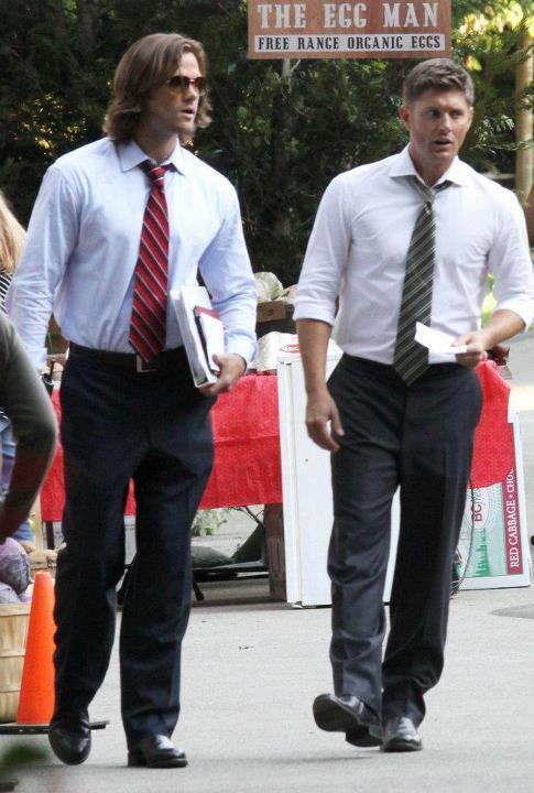Jared and Jensen on the Supernatural set
