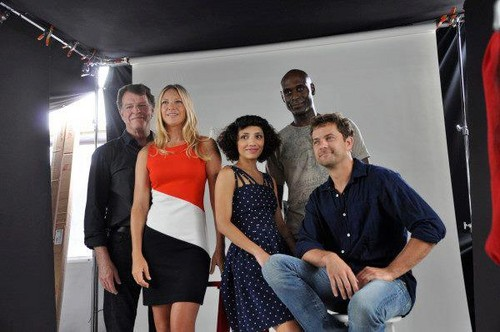 Joshua Jackson and Frinfe cast at Comic Con 2012