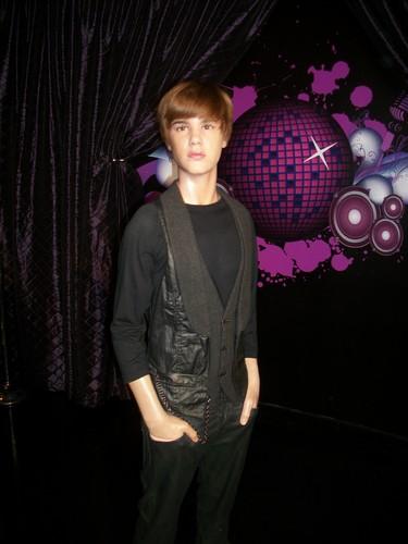 Justin Bieber Wax Figure @ Madame Tussaud NYC