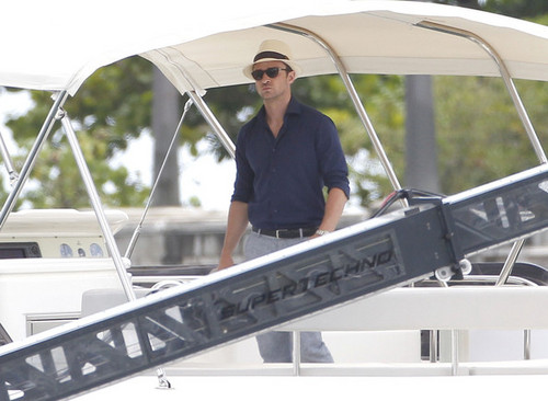 Justin Timberlake Throws Back A Cold One [June 26, 2012]