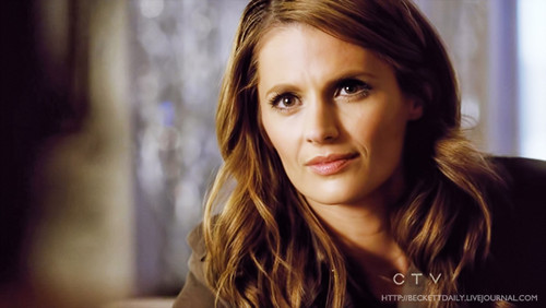 Kate Beckett দেওয়ালপত্র with a portrait titled Kate