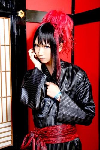 Royz achtergrond possibly with a kimono titled Koudai - VICE FAIRY 2012 YUKATA ~