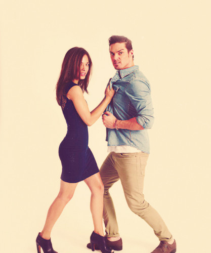Beauty And The Beast CW Wallpaper Probably Containing Bare Legs A Hip Boot Kristin Kreuk Jay Ryan