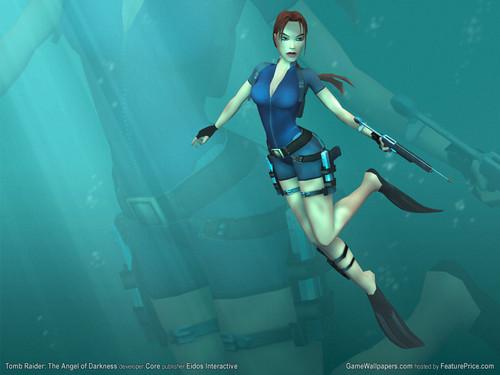 Lara Croft Diving