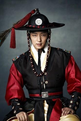 Lee Jun-ki (Arang and the Magistrate)