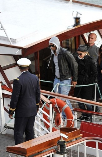 madonna Cruises the Seine