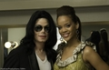 Michael and Rhianna - michael-jackson photo