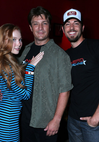 Nathan Fillion, Molly Quinn & Zachary Levi at Comic Con 2012 - nathan-fillion Photo